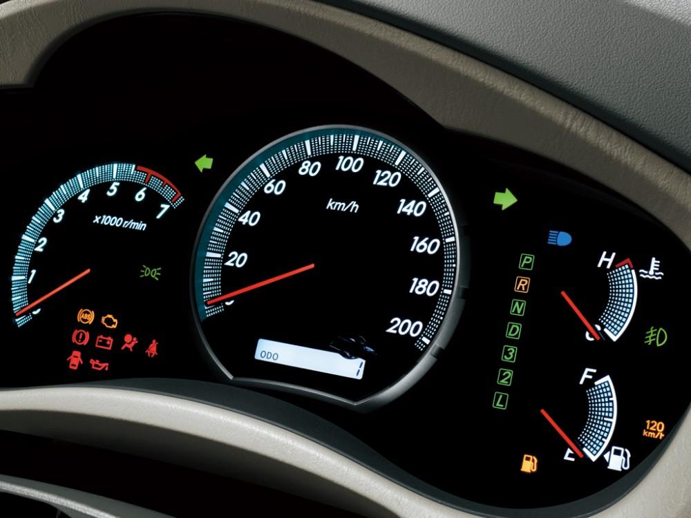 Bảng đồng hồ Toyota Innova 2012