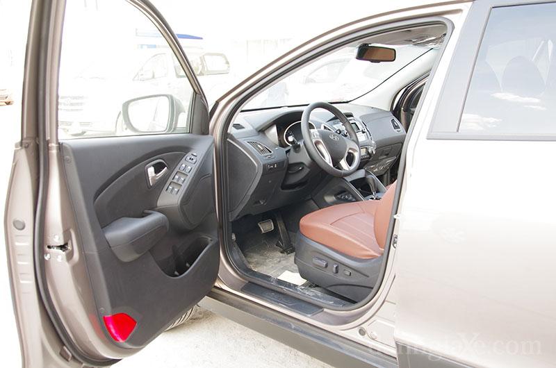 Cửa xe Hyundai Tucson 2012