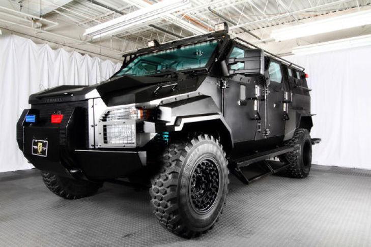 Xe hơi bọc thép - Pit-Bull XV