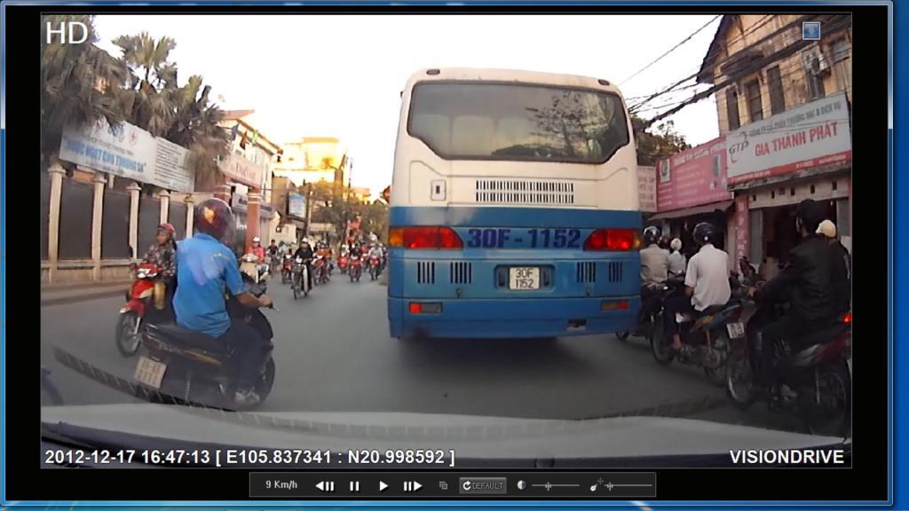 công nghệ ô tô cần trang bị ở Việt Nam - Camera hành trình