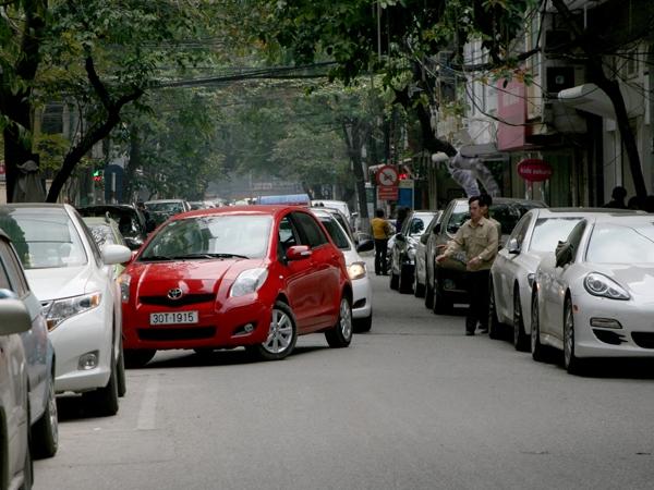 Những kinh nghiệm lái xe cho tài mới - đỗ xe, lùi chuồng