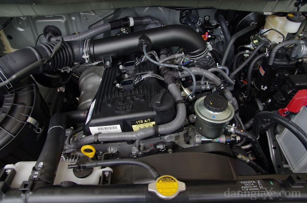 Động cơ Toyota Innova 2012
