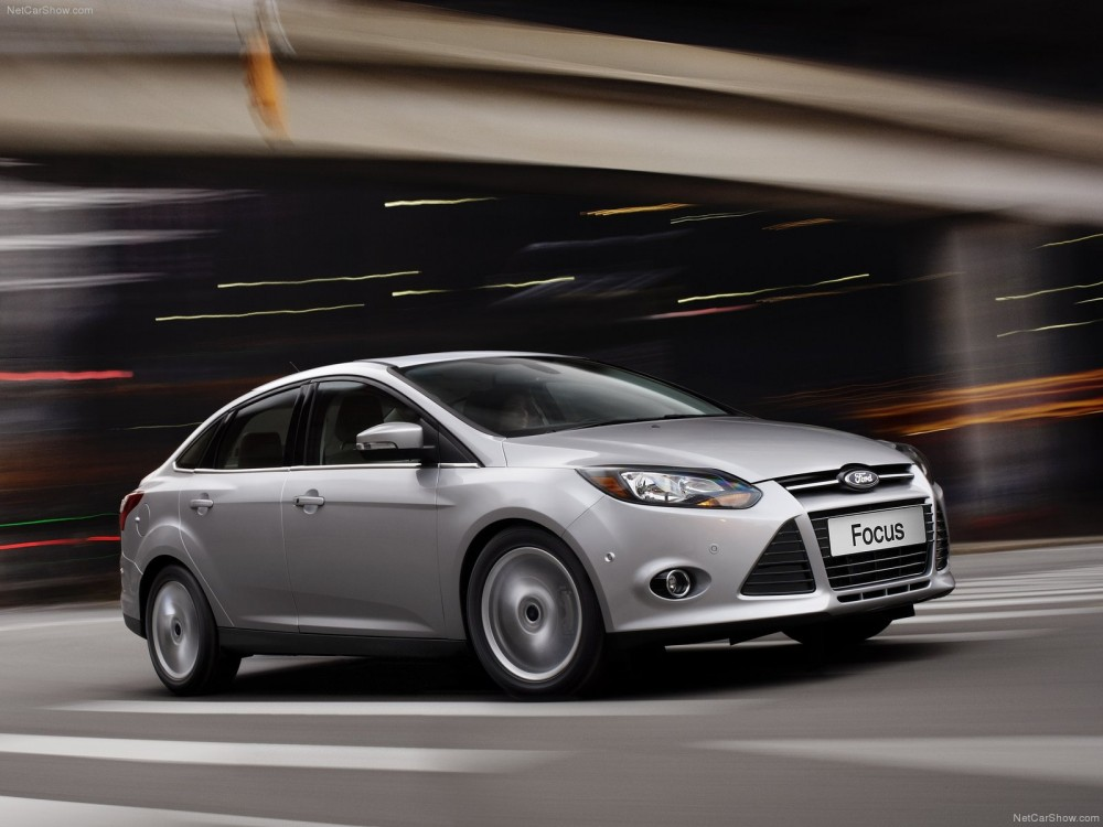 ford-focus_sedan_2013.jpg