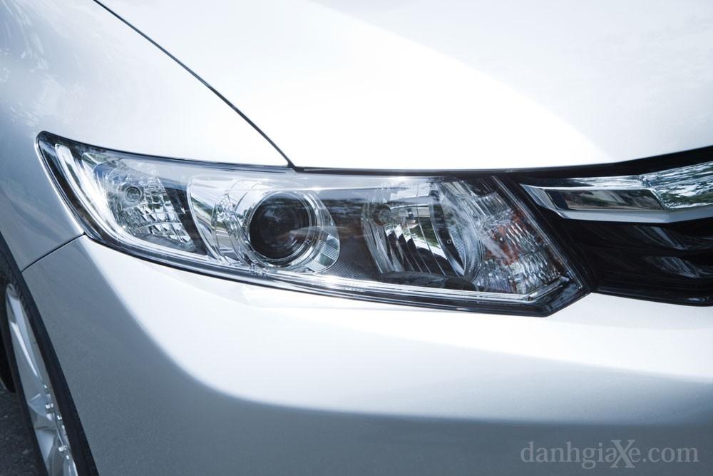 Đèn trước xe honda civic 2012