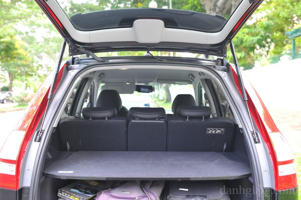 Khoang cabin Honda CR-V 2008