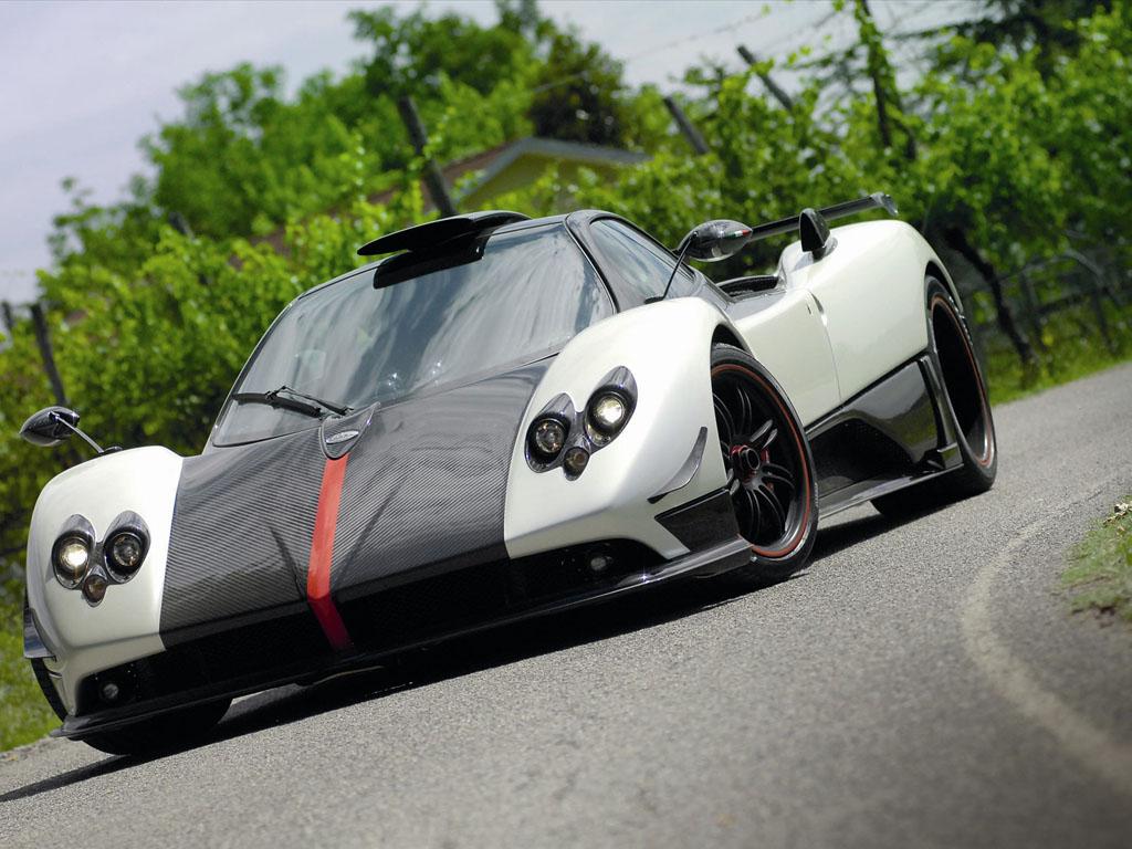 Siêu xe đắt nhất thế giới - Pagani Zonda Cinque Roadster