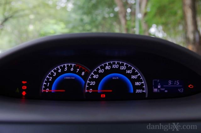 Bảng đồng hồ lái & tablo Toyota Vios 2012