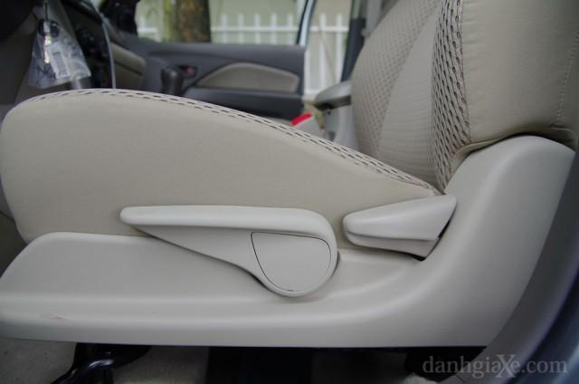 Ghế ngồi Toyota Vios 2012