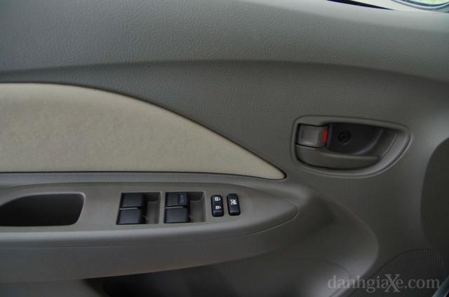 Hệ thống chức năng Toyota Vios 2012