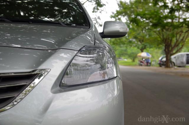 Đèn trước xe Toyota Vios 2012