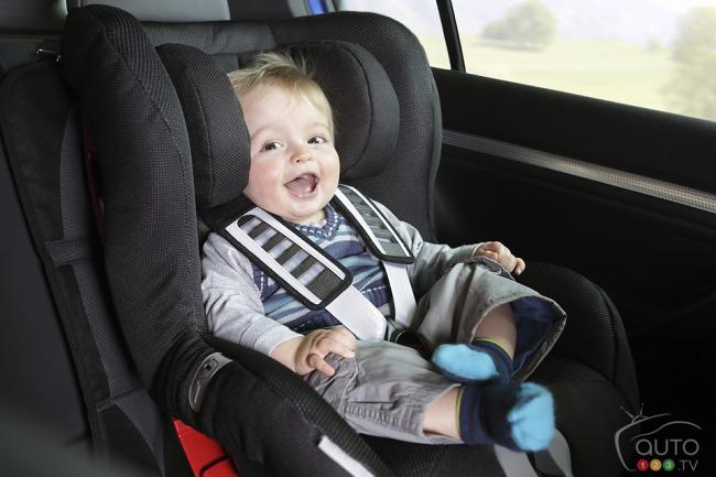 Ghế xe hơi cho trẻ - lưu ý