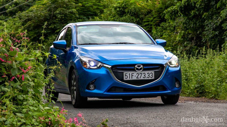 """Triệu hồi 4.809 chiếc Mazda2 tại Việt Nam vì lỗi """"cá vàng"""""""
