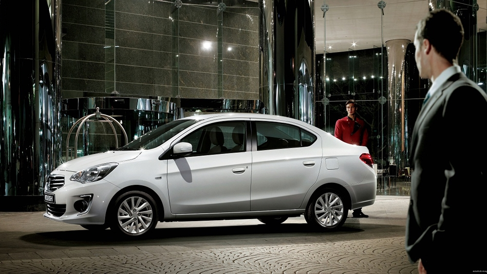Đánh giá xe Mitsubishi Attrage 2016