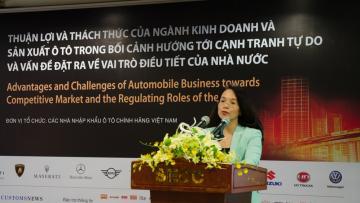 Bà Vũ Thị Ánh Hồng,Tổng biên tập Báo Hải quan.