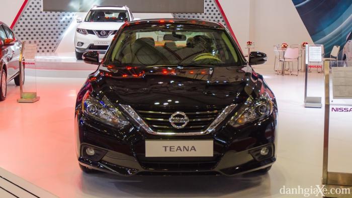 Nissan Teana 2017 giá bao nhiêu? Đánh giá nội ngoại thất và vận hành